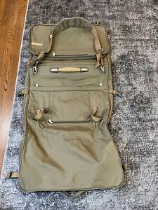 Briggs & Riley Baseline 375-7 OLIVE TRI-FOLD COMPACT GARMENT BAG Luggage