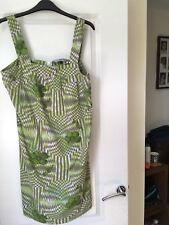 RED HERRING - DEBENHAMS LIME GREEN PRINTED DRESS. SIZE 14. BRAND NEW. FREE P&P