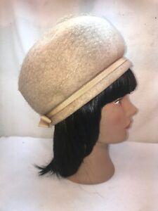 Vtg 1950-60's Glamorous Beige Tan Brown Ribbon Net Cloche Church Sunday Hat