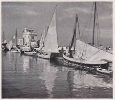 D3819 Senigallia - Barche da pesca lungo il molo - Stampa d'epoca - 1939 print