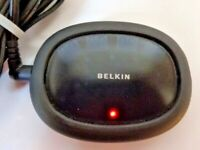 BELKIN F5U 234 -BLK HI-SPEED USB 2.0  4-PORT LIGHTED HUB With Power Supply