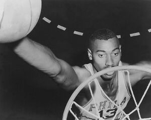 Philadelphia 76ers Warriors WILT CHAMBERLAIN Glossy 8x10 Photo Basketball Print