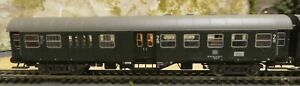 FLEISCHMANN 5129 AND 5127 PASSENGER CARS WITH LIGHTING FITTED, JOINED TOGETHER