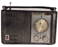 Vintage Mignon Solid State 12 AM FM Radio Made in Japan Portable Transistor