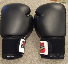 The Boxing Club, Boxing / Training Gloves New W35c 12 Oz Perfect!