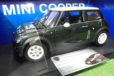 BMW MINI COOPER vert green/blanc 1/18 AUTOart 74823 voiture miniature collection
