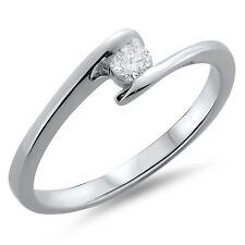 F/VS 0.14ct Round Brilliant Cut Solitaire Diamond Engagement Ring,18k White Gold