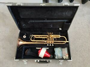 Yamaha YTR-6335A Professional Trumpet [LIKE NEW]