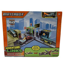 Matchbox 1:64 Scale Adventure Links SERVICE CENTER with Tow Truck (710)