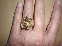 LADIES GOLD TONED DOUBLE SERPENT SNAKE HEAD WITH STONES RING Size 8