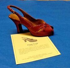 Nib Just the Right Shoe ~ Raine Willits #2 00004000 5147 Pump It Up