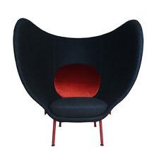 MOROSO poltrona con schienale alto ARMADA tessuto grigio scuro e cuscino rosso