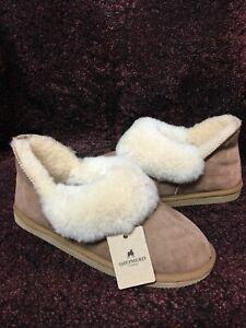 Ladies Genuine Sheepskin Hard Sole Karin Boot Slippers  Very Warm Chestnut