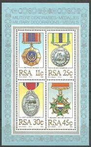 Südafrika - Militärische Auszeichnungen Block 16 postfrisch 1984 Mi. 661-664