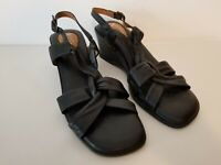Clarks Artisan Women's  Size 7.5 N Narrow Black Leather Sandals Sling Back Wedge
