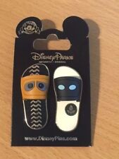 Disney Wall-e and Eve Sliders/Sandals 2 Pin Set  -  New on Card