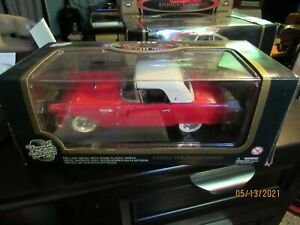 Road Tough Ford Motor Thunderbird 1955 1/18 Diecast Metal Clean No 92068 Red