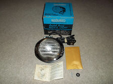 Goldcrest Super 8 Sealed Beam Movie Light 650 Watts model 910 W/ Box