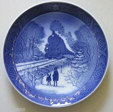 "Royal Copenhagen Christmas Plate 1973 ""Going Home For Christmas"" 1st Quality"