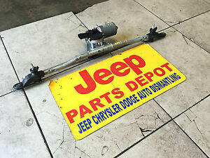 2007-2015  JEEP WRANGLER  Windshield Wiper Transmission with Front Motor & arms