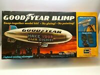 Revell Goodyear Blimp 1/169 Scale Vintage 1977 Kit Snap Together Lighted Message