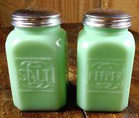 JADITE GREEN GLASS LARGE RANGE SIZE SQUARE JADEITE SALT & PEPPER SHAKERS SET