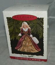 1996 Hallmark Souvenir Holiday Barbie 4th en Série Collectionneurs Noël Ornement