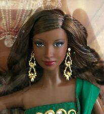 2011 HOLIDAY BARBIE*NRFB*Mattel COLLECTOR*AA*ETHNIC*GODDESS FACE*