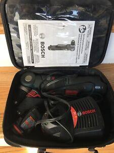 """Bosch 12-Volt Li-Ion 3/8"""" Right Angle Drill/Driver Kit w-(2) Batt & Charger"""