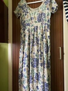 east dress size 12