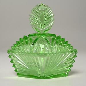 VINTAGE NEW MARTINSVILLE GREEN DEPRESSION/URANIUM ART GLASS VANITY PUFF BOX