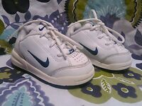 Nike Play Lace Up Sneaker Tennis Shoes Toddler Boy Girl Size 4C White Navy EUC