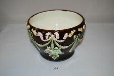E1 Ancien Cache pot - Décor floral - Garden - barbotine