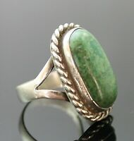 BEAUTIFUL VINTAGE GENUINE GREEN TURQUOISE SOUTHWEST STERLING SILVER RING SZ 8.5