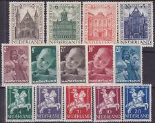 595) NETHERLANDS - NEDERLAND 1946 / 1948   POSTFRIS - MNH COMPLETE SETS - €21.