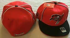 TAMPA BAY BUCCANEERS FLAT BRIM FITTED SIZE 8 RED BLK DOUBLE PIPE NFL CAP REEBOK