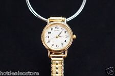 Nice & Simple - Ladies Seiko Watch V401-1409 Gold Tone Case and Band V401-4601