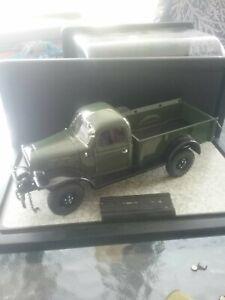 1/24 Danbury Mint 1946 Dodge Power Wagon used with case