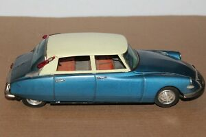 VERY NICE SELDOM SEEN  LARGE TIN BANDAI BATTERY OPERATED CITROEN with DRIVER