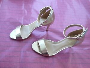 New Michael Kors Sylvie Sandal Metallic Mid sz 8M prom women shoes holiday
