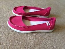 DROPE Womens Slip On Shoes Canvas Flats Pink Size 38 7.5 NEW Casual Scuffs