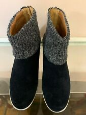 Boots by Adrienne Vittadini, Size 6M, Dark Navy