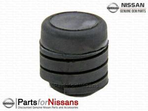 Genuine Nissan Hood Bumper 65822-3U010