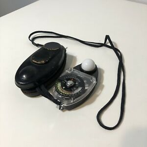 Sekonic Studio Deluxe L-28c2 Light Meter with Case and Strap