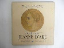 Livre Monseigneur VILLEPELET Evèque de Nantes.Sainte Jeanne D'Arc illustrations