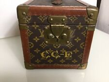 Louis Vuitton Classic Vintage Vanity Case. Boite Flacons Train Mini Trunk 80s