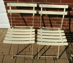 2 Vintage Mid Century Folding Deck Stadium Chairs Wood Slat Metal Twist Frame