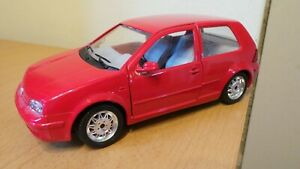 BBURAGO 1/24 VOLKSWAGEN GOLF 1998 EXCELLENT UNBOXED CONDITION