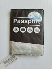 DYNOMIGHTY NASA JPL SPACE Astronaut Tyvek U.U. Passport Holder SDCC Star Wars OM