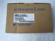 Yaskawa servo motor SGMAS-01A2A21 NEW